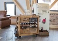 IN VINO VERITAS – Wein- Servierwagen